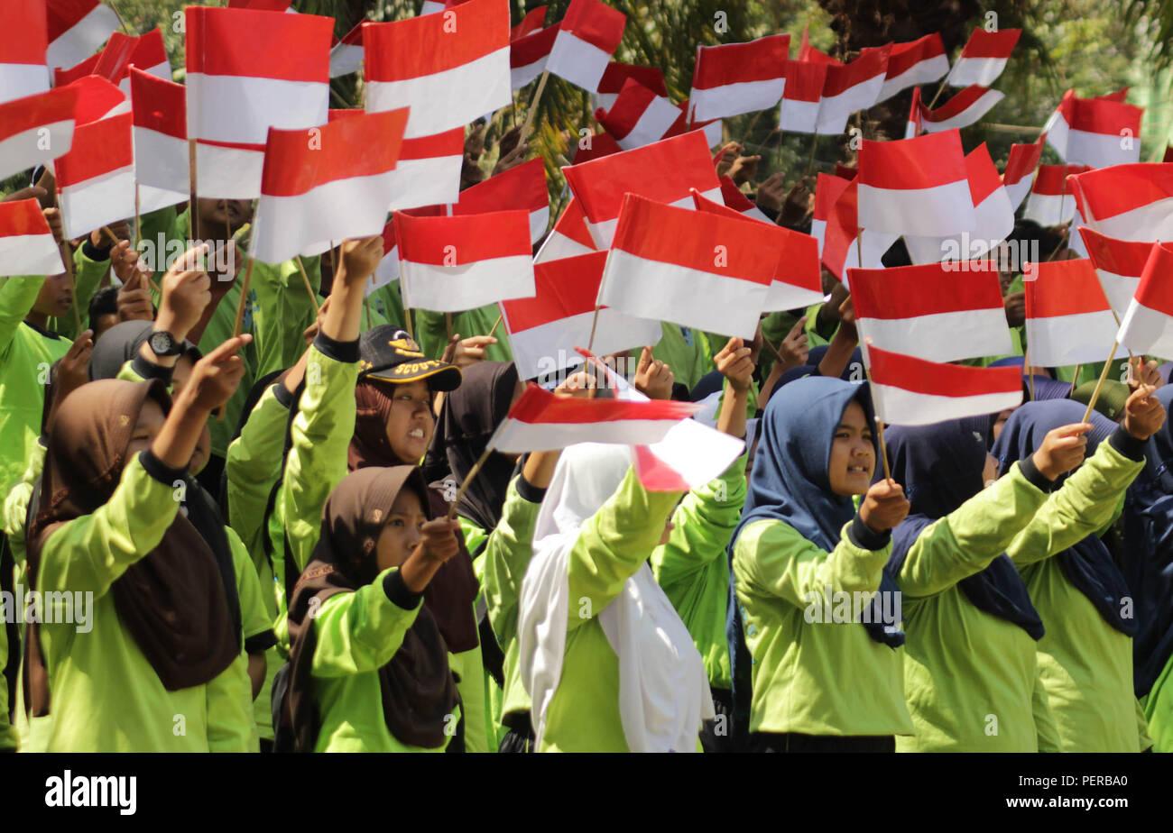 Madiun, Indonesia  15th Aug, 2018  Hundreds of junior high school