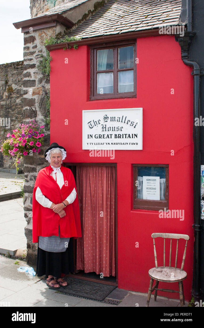 The Smallest House in Great Britain, Conwy, North Wales - Stock Image