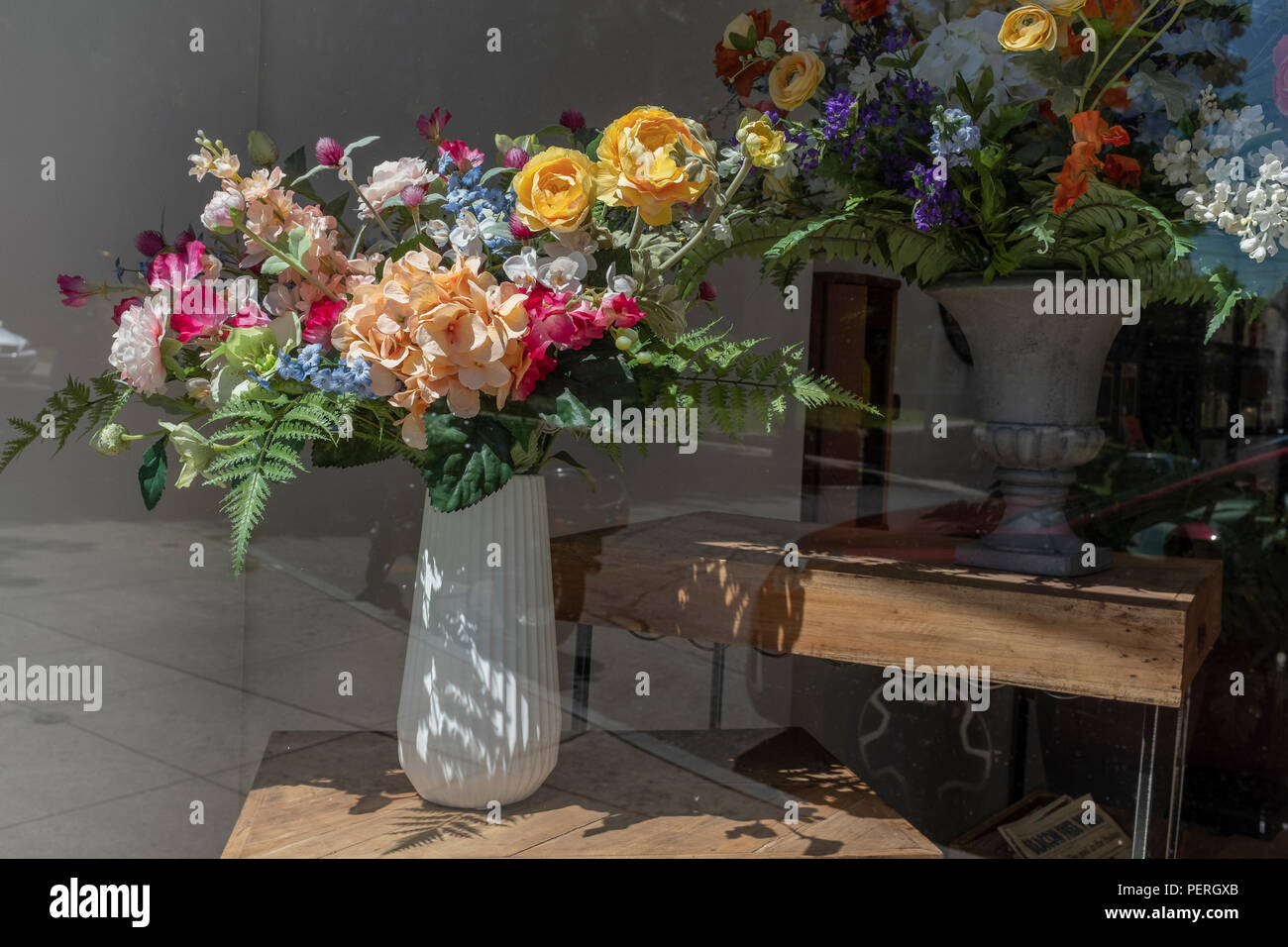 Alamy & Flower Vases Artificial Flowers Stock Photos \u0026 Flower Vases ...