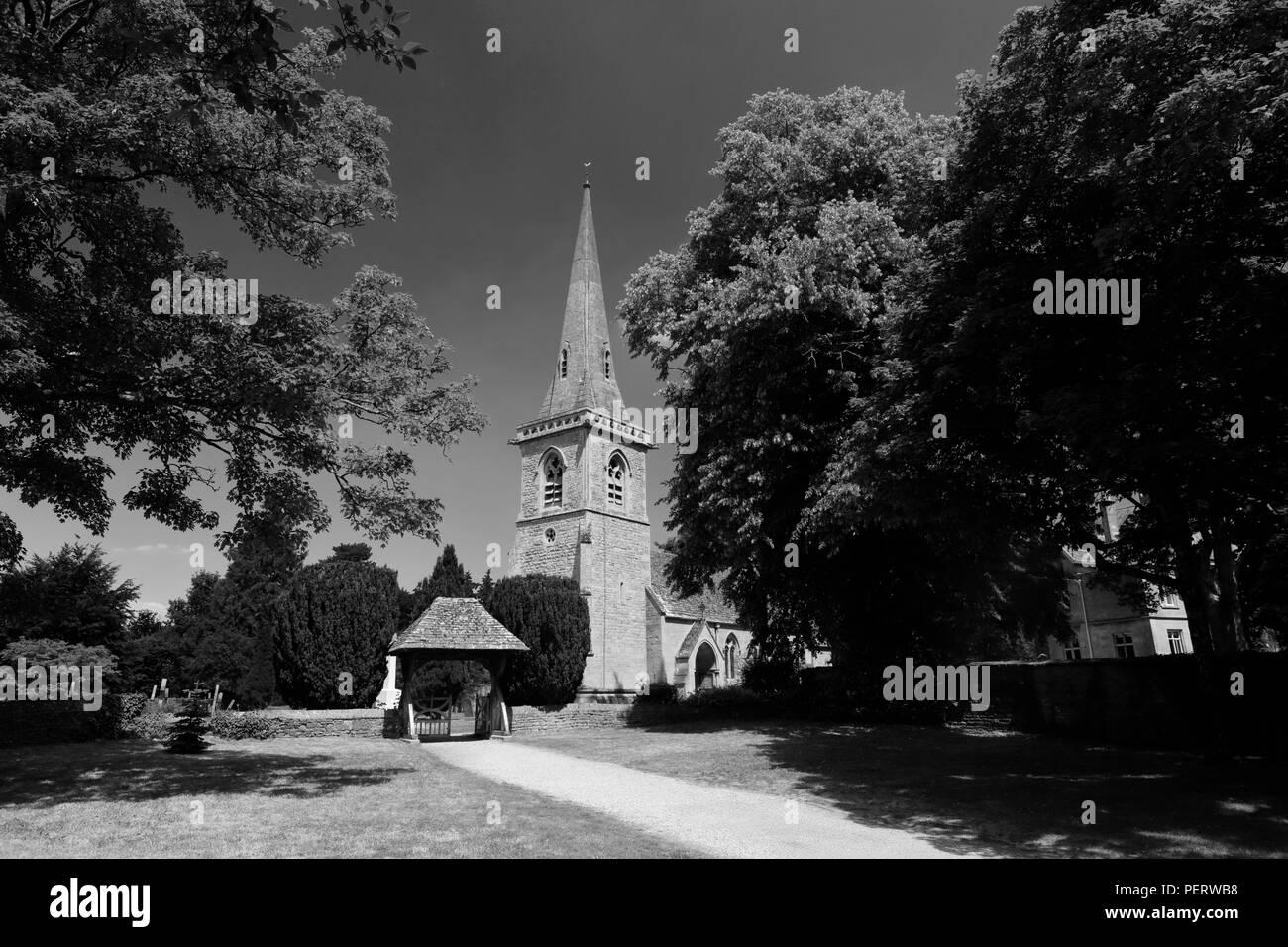 St Marys Church, Lower Slaughter village, Gloucestershire Cotswolds, England, UK - Stock Image