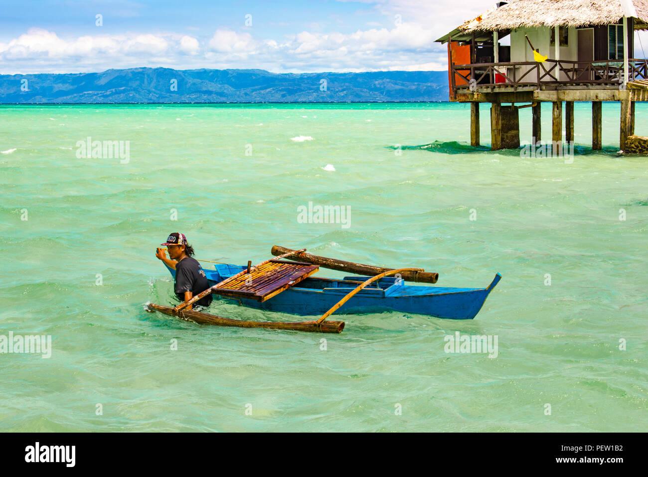 Philippines, Negros Island - Feb 05, 2018: Manjuyod White Sandbar - Stock Image