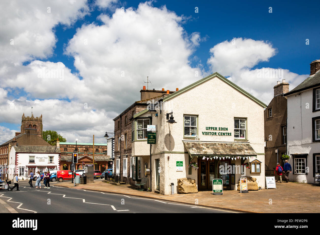 UK, Cumbria, Eden Valley, Kirkby Stephen, Market Street, Upper Eden Visitor Centre Stock Photo