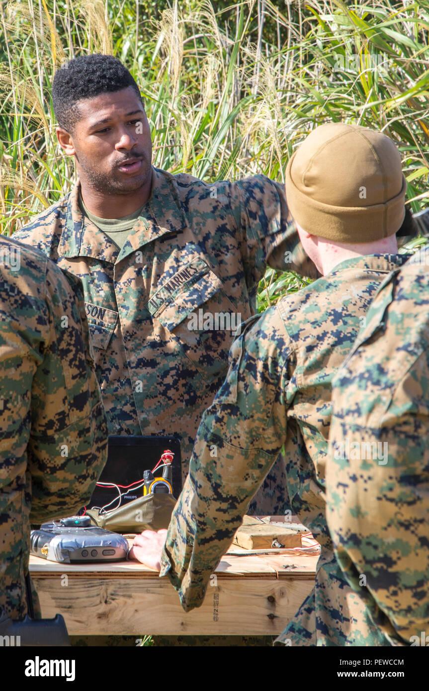 5TH MARINES REGIMENT   PATCH BOX7 USN US NAVY USMC ORIGINAL 1ST RECON