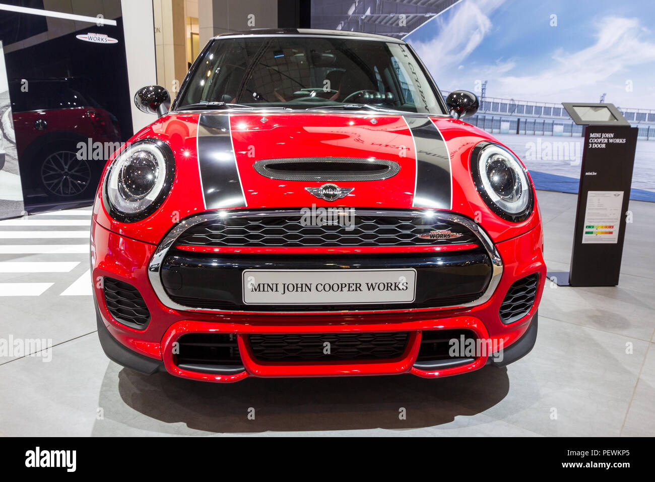 BRUSSELS - JAN 12, 2016: Mini Cooper car showcased at the Brussels Motor Show. - Stock Image
