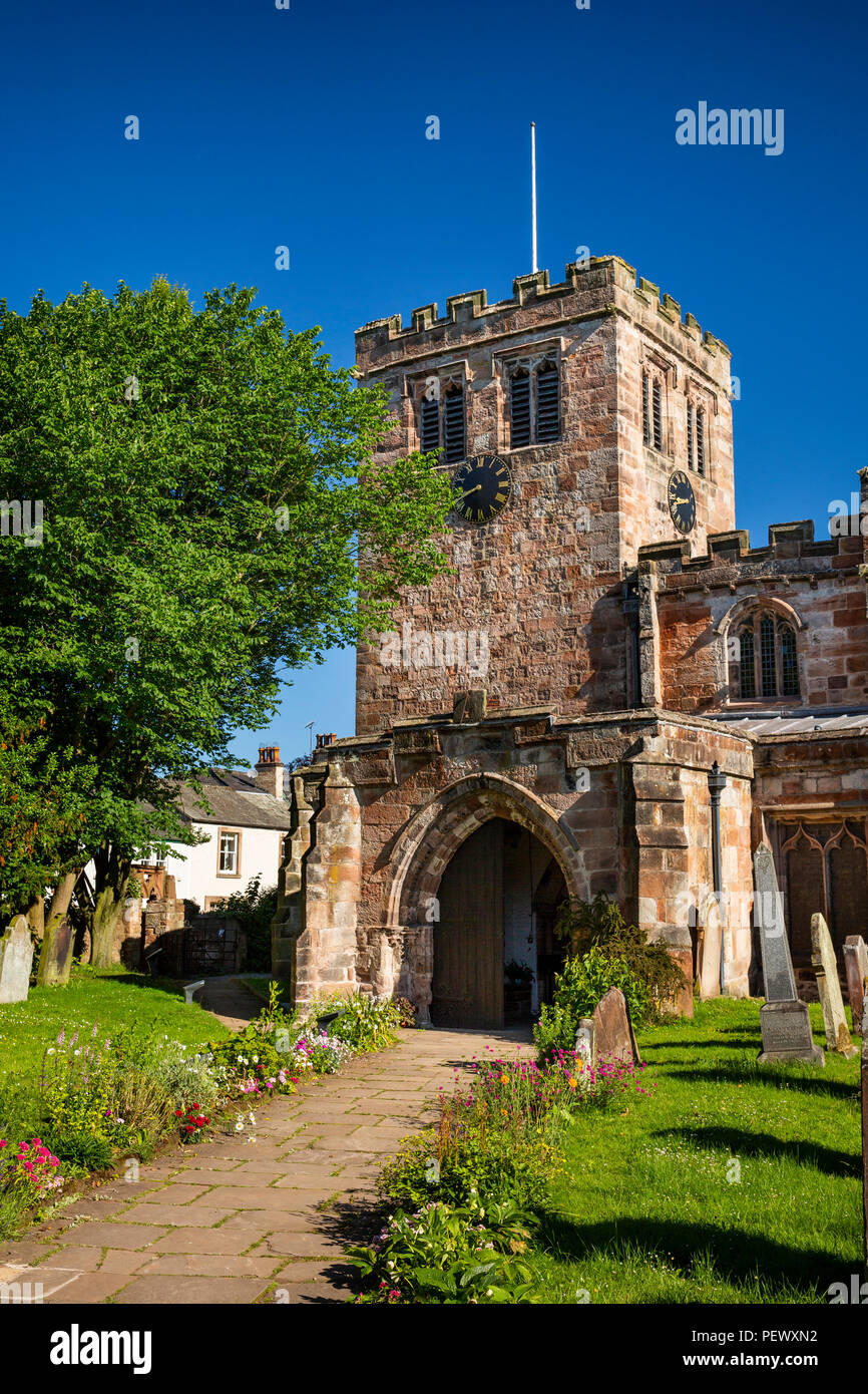 UK, Cumbria, Eden Valley, Appleby, flowers lining path to St Lawrence's Church - Stock Image
