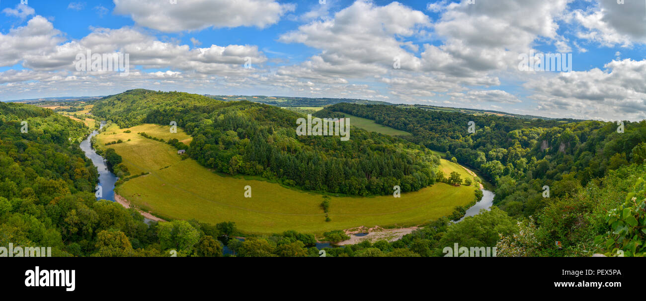View of the River Wye from Symonds Yat Rock, Coleford - Stock Image