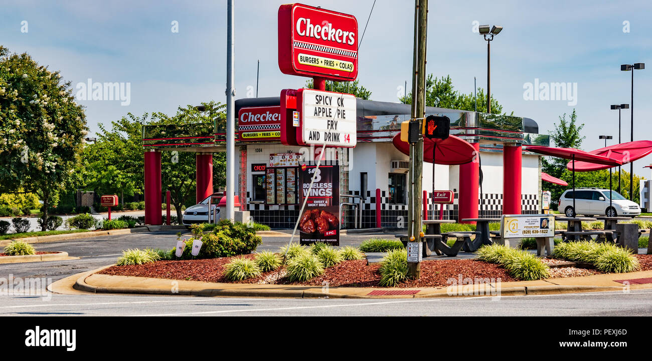 HICKORY, NC, USA-15 AUGUST 18: A Checkers Fast food restaurant,  an American chain headquartered in Tampa, Florida. - Stock Image