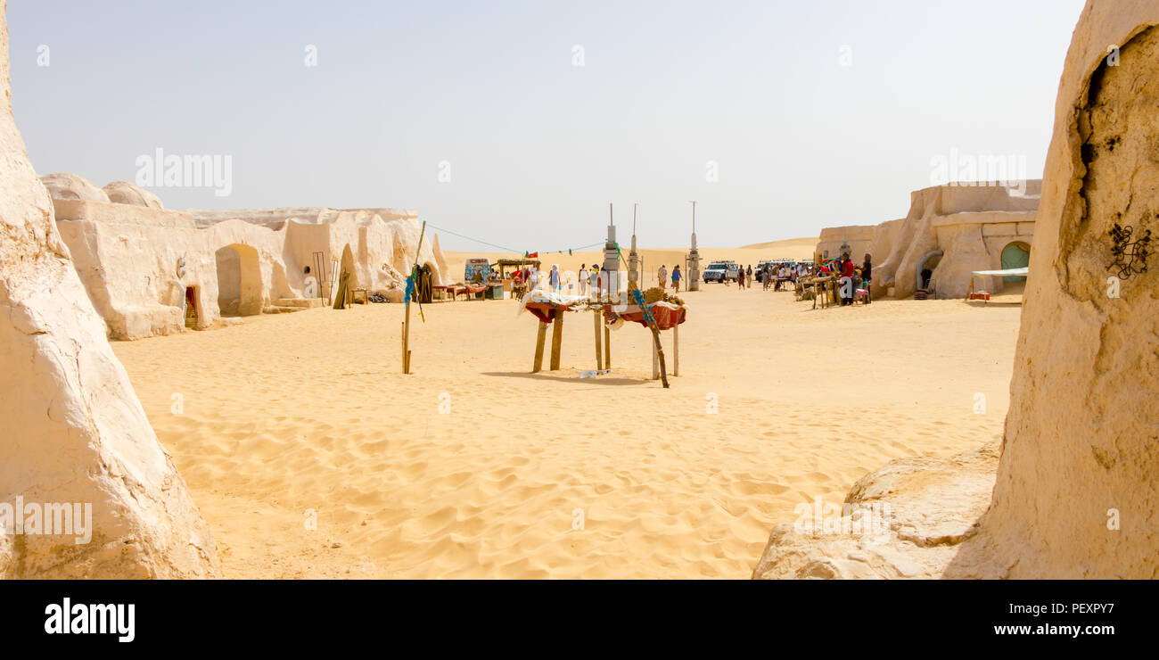 Business at the old Star Wars set near Naftah, Tunisia, Africa - Stock Image