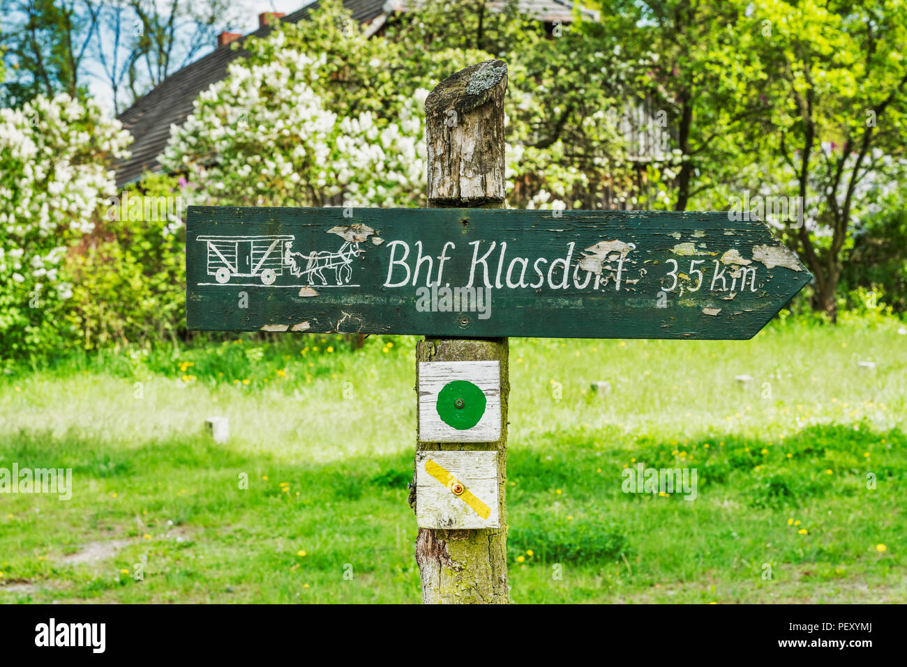 Signpost for the walk to Klasdorf, district of Glashuette Baruth/Mark, district of Teltow-Flaeming, Brandenburg, Germany, Europe - Stock Image