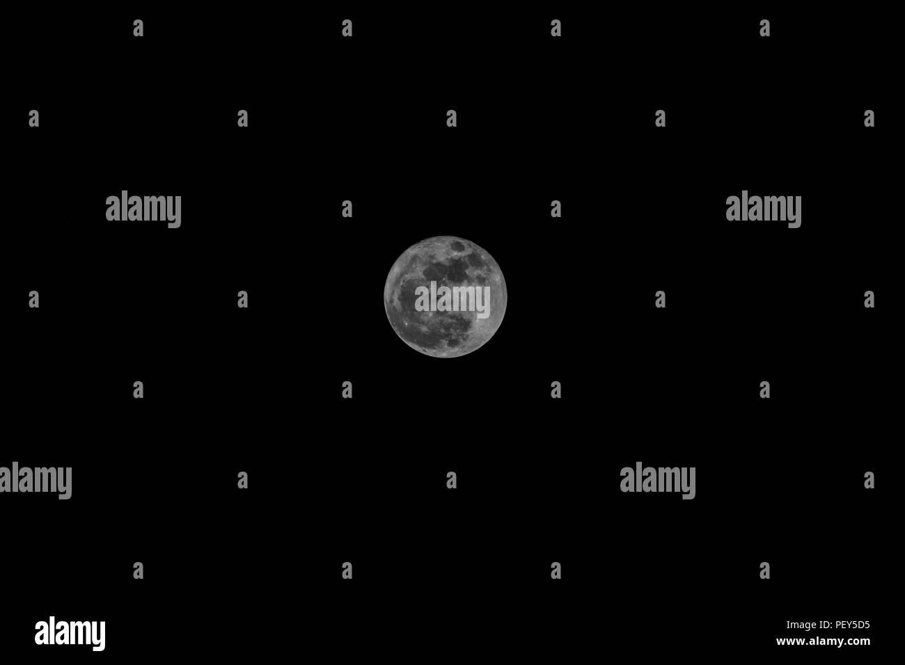 Extra Super Moon November 14, 2016 - Stock Image