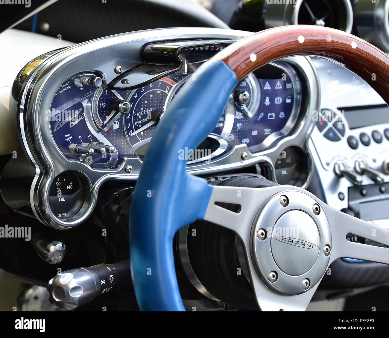 Pagani Zonda Hp Barchetta High Resolution Stock Photography And Images Alamy