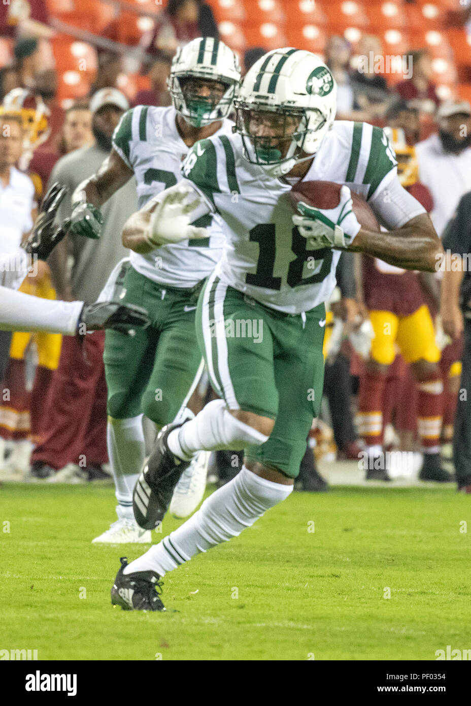 93523c928d4 New York Jets wide receiver ArDarius Stewart (18) carries the ball in the  fourth quarter against the Washington Redskins at FedEx Field in Landover,  ...