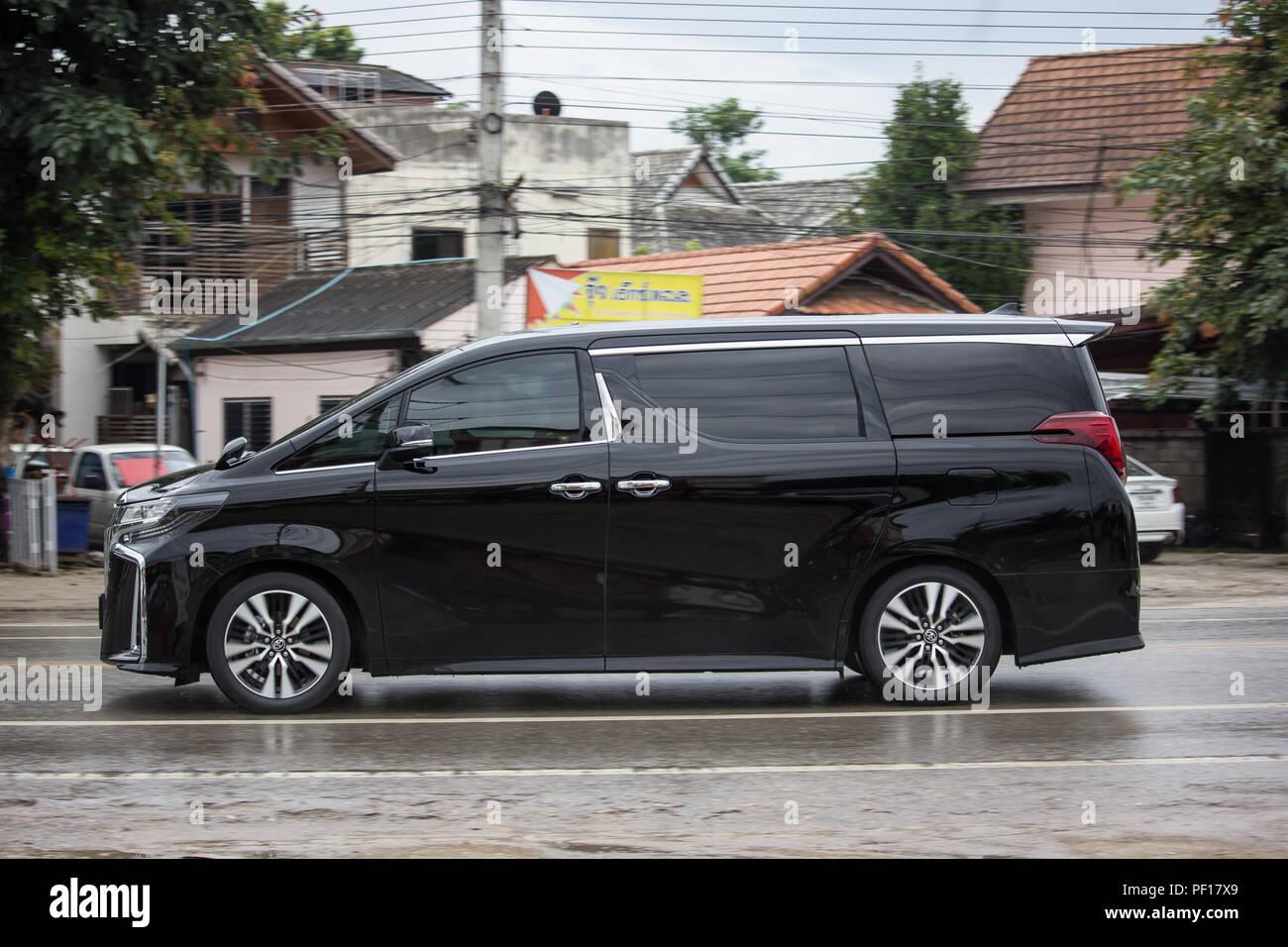 Kelebihan Kekurangan Toyota Alphard 2018 Perbandingan Harga