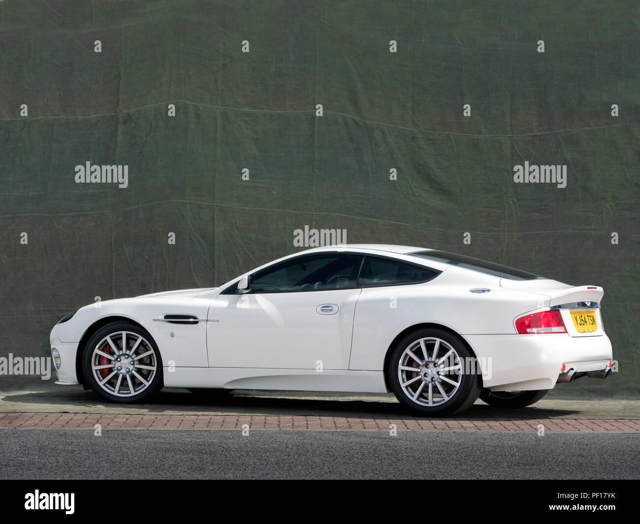 2005 Aston Martin Vanquish S Stock Photo Alamy