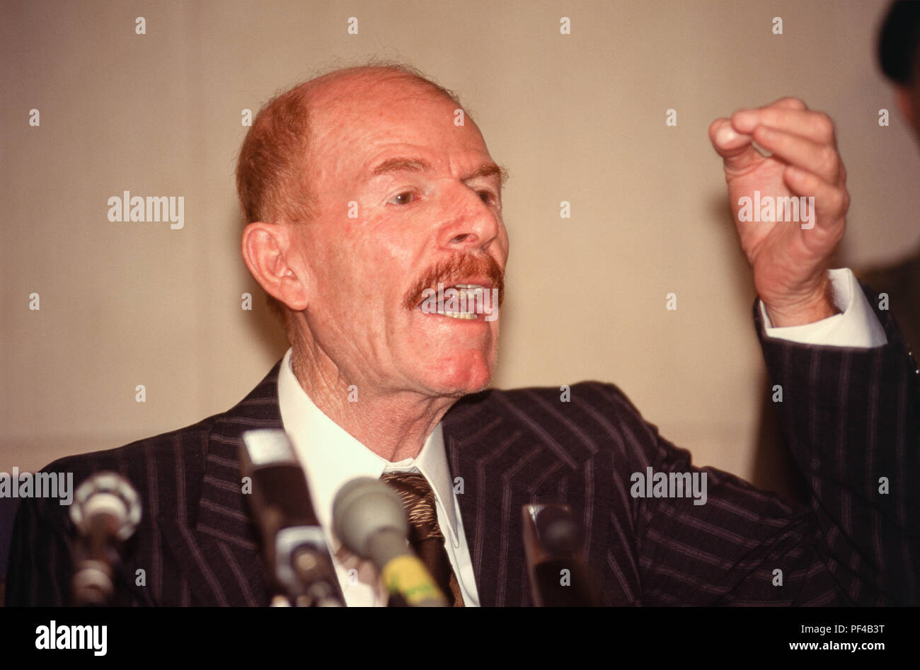 Baghdad, Iraq - 16 October 1995 - Izzat Ibrahim al-Douri, Iraqi statesman and Vice Chairman of the Iraqi Revolutionary Command Council and head of the elections committee for the Presidential Referendum on 15 Ocotober 1995, announces the results to the press, where President Saddam Hussein won 99.96% of the vote.    The only question on the paper ballot of the referendum was 'Do you approve of President Saddam Hussein being President of the Republic? Iraqi's find it harder to maintain a decent standard of living due to the strict UN sanctions imposed during the 1990s because of Iraq's invasion - Stock Image