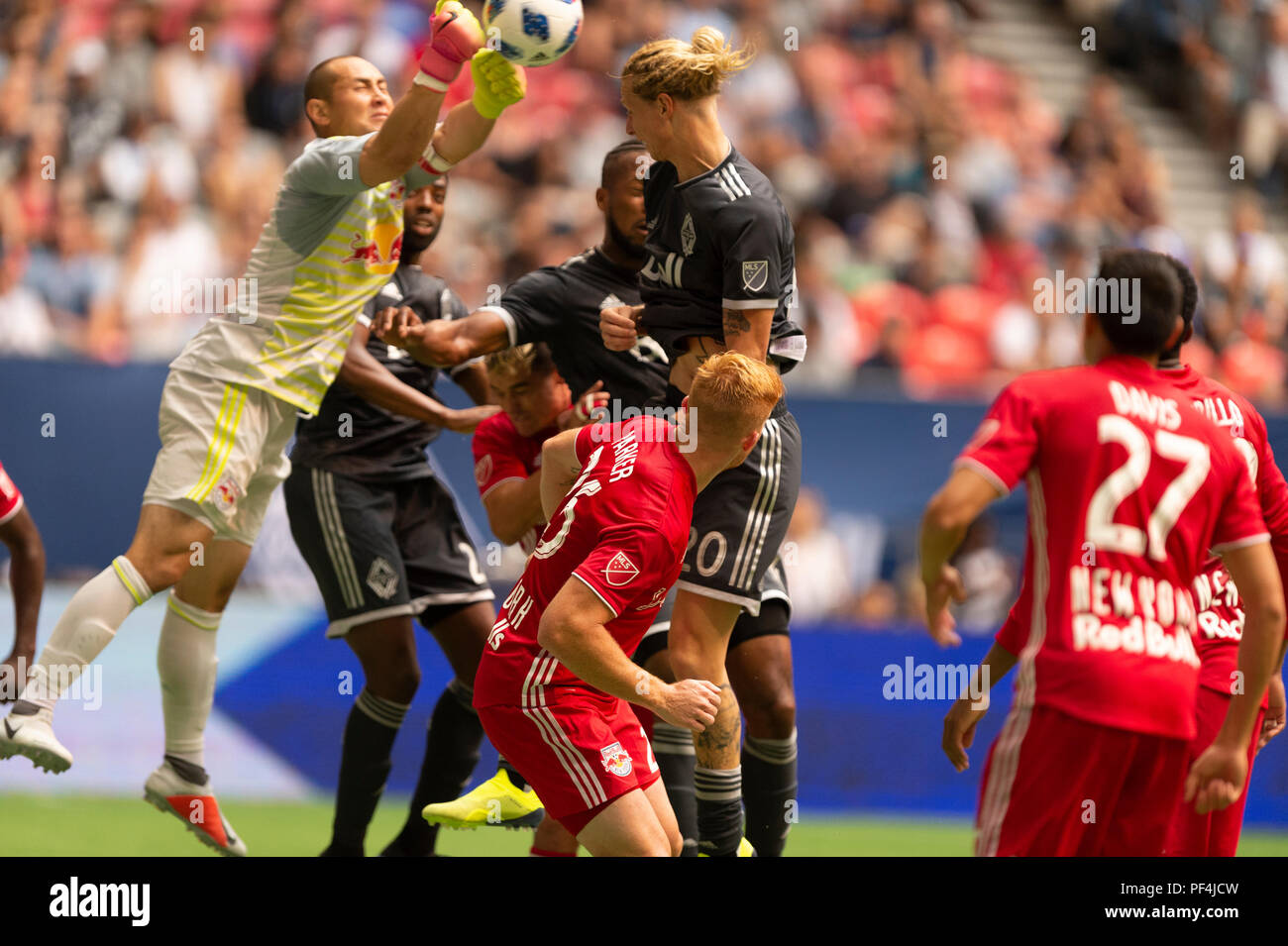 Vancouver, Canada. 18 August, 2018.  Goalkeeper Luis Robles (31) of New York Red Bulls, defending his goal. Vancouver Whitecaps vs New York Red Bulls, BC Place Stadium. © Gerry Rousseau/Alamy Live News - Stock Image