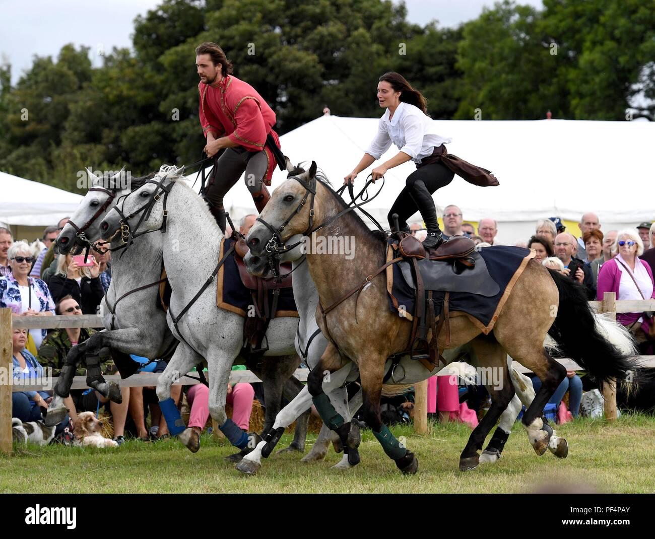 The Devil's Horsemen perform at Buckham Fair, Dorset, UK Credit: Finnbarr Webster/Alamy Live News - Stock Image