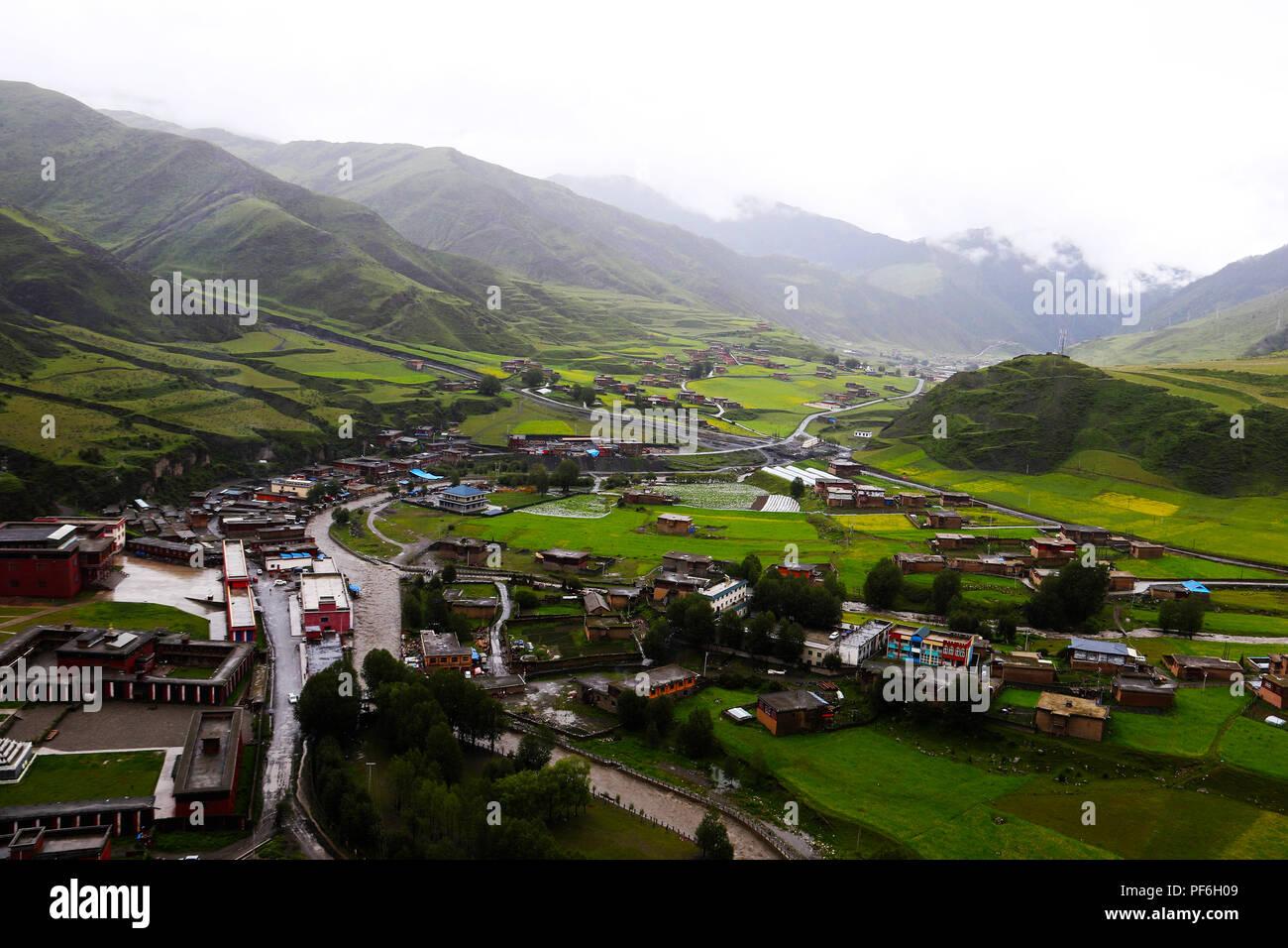 Landscape of Eastern Tibet - Stock Image