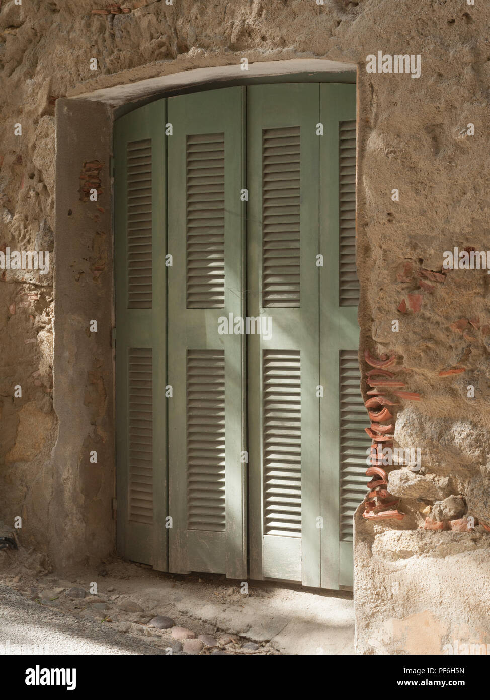 A recessed doorway in the old town, Calvi, The Balagne, Corsica, France, Europe - Stock Image