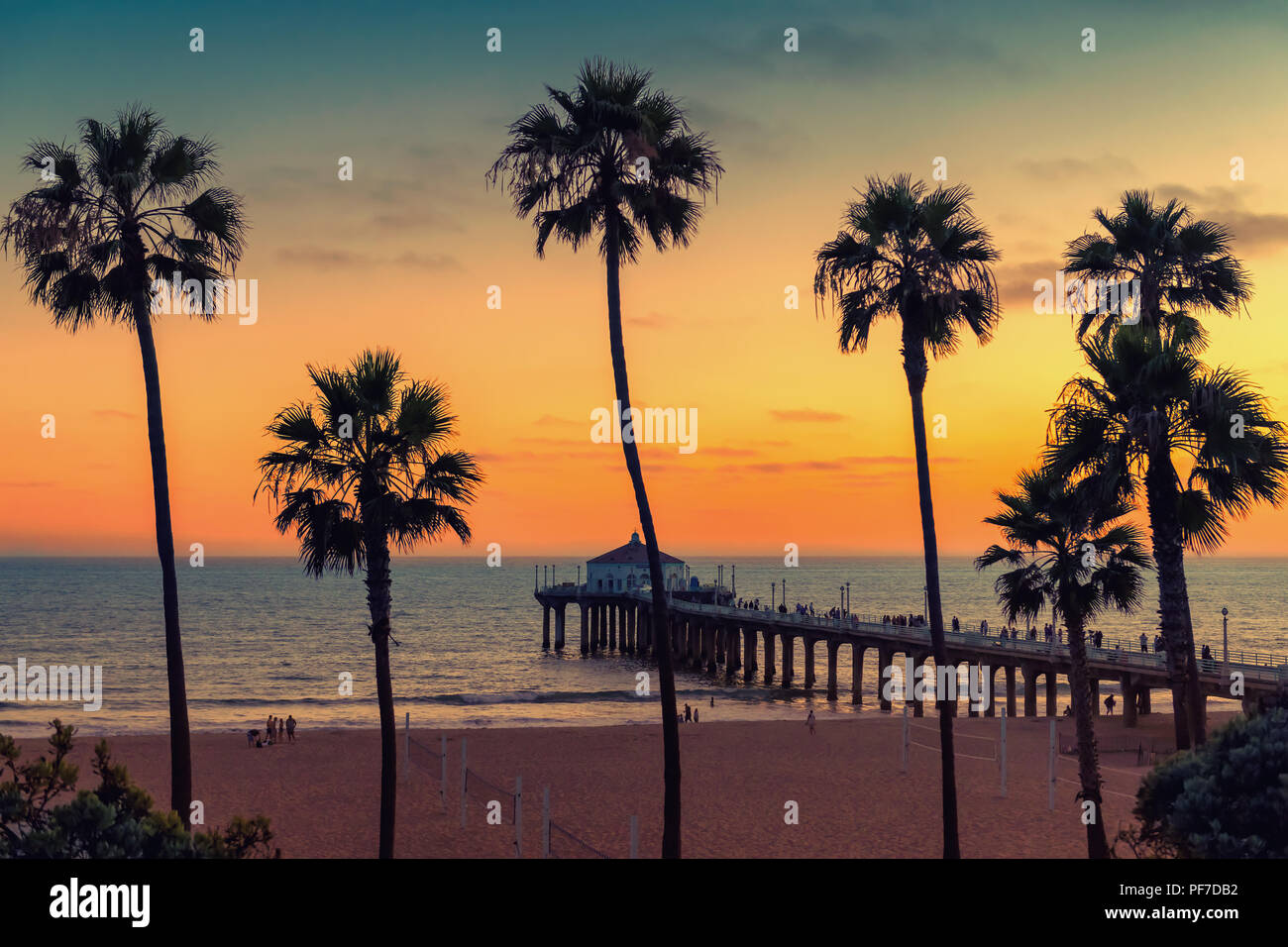 Manhattan Beach at sunset. Vintage processed. - Stock Image
