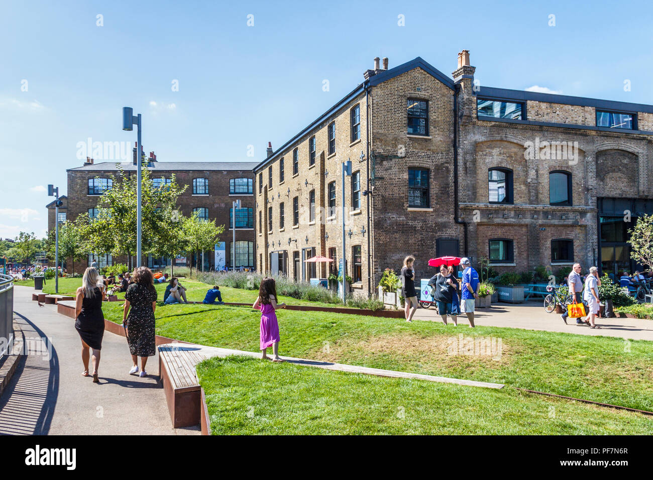Recently renovated buildings at Goods Way and Granary Square, King's Cross, London, UK, 2018 - Stock Image