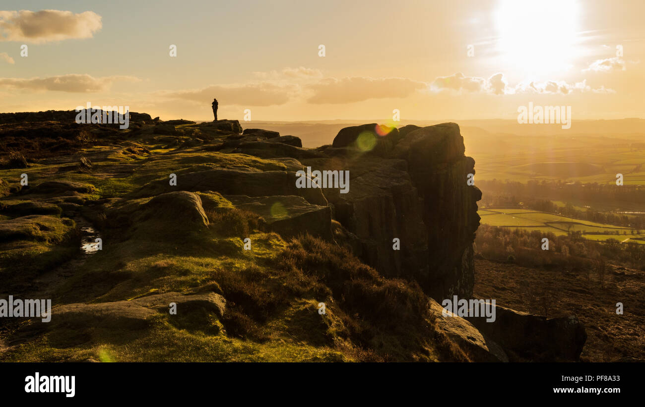 Sunset at Curbar Edge in the Peak District National Park. - Stock Image