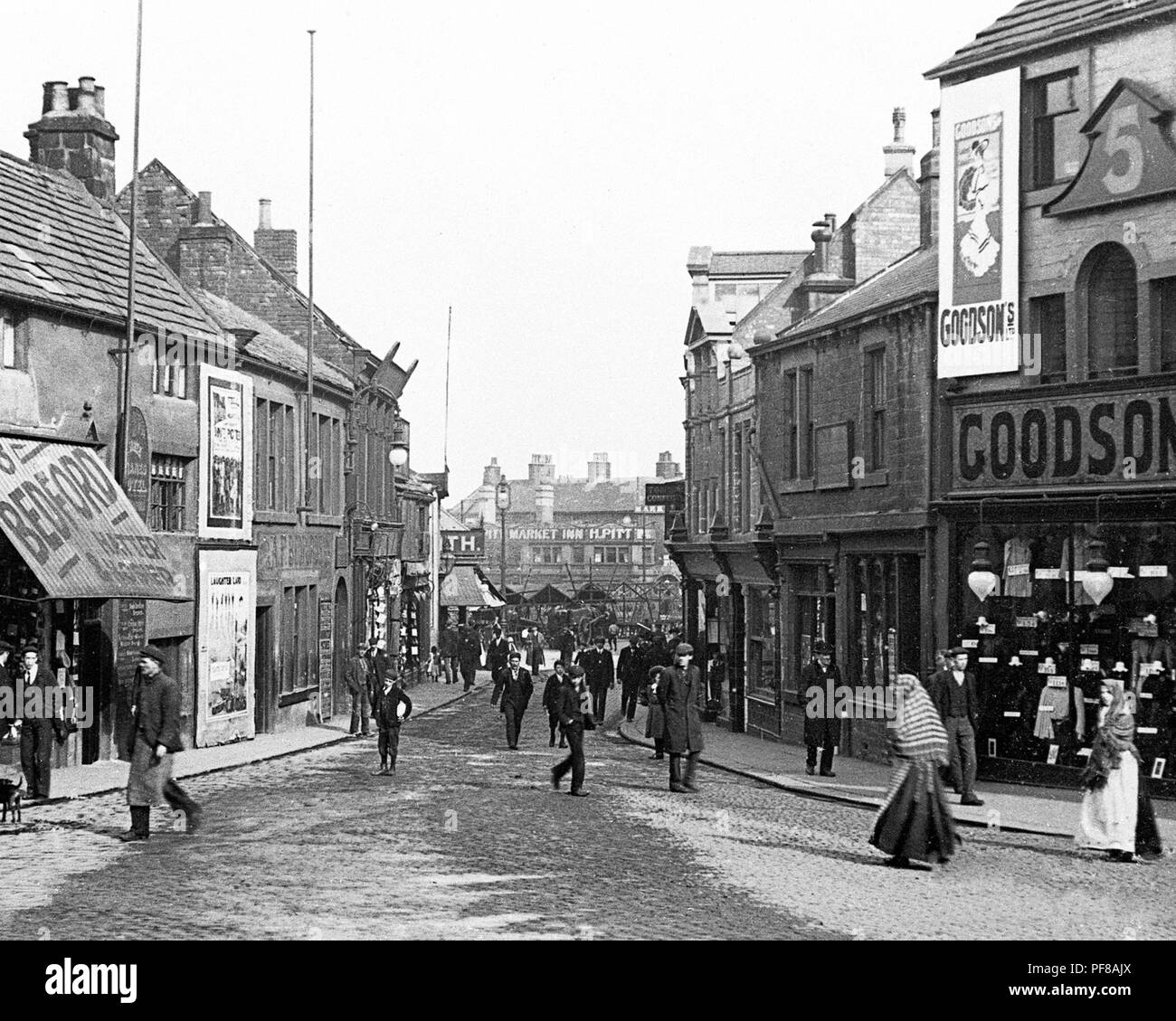 Queen Street, Barnsley, early 1900s - Stock Image