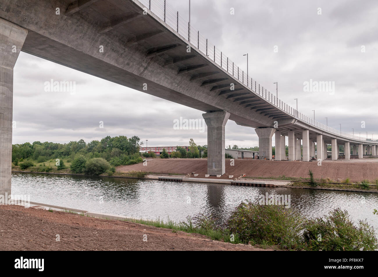 Gateway bridge over the Manchestership canal and river Mersey. - Stock Image