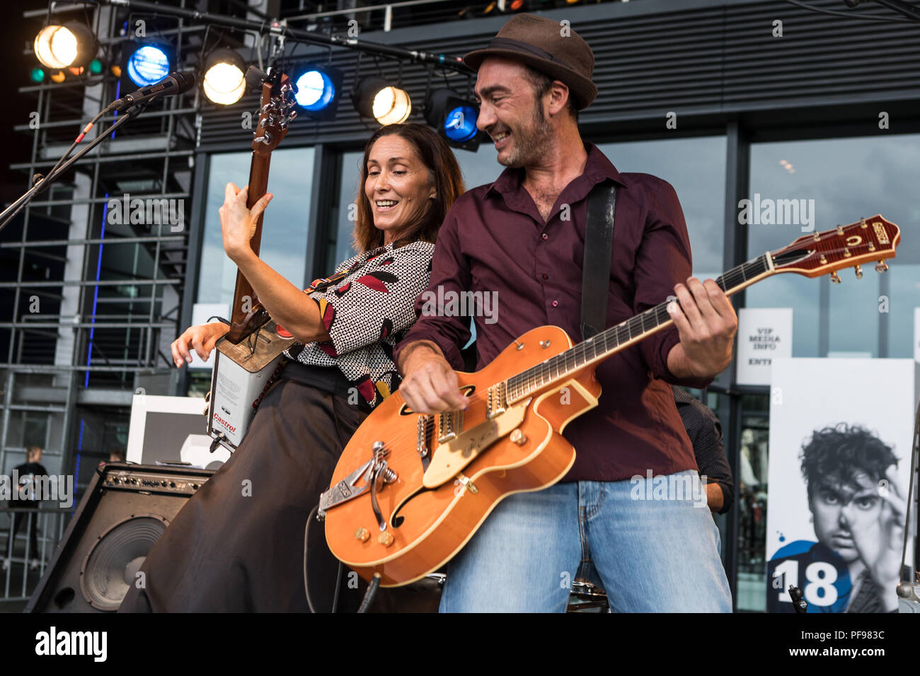 French band Ziia & The Swing Mates live at the 26th Blue Balls Festival in Lucerne, Switzerland Ziia, lead - Stock Image