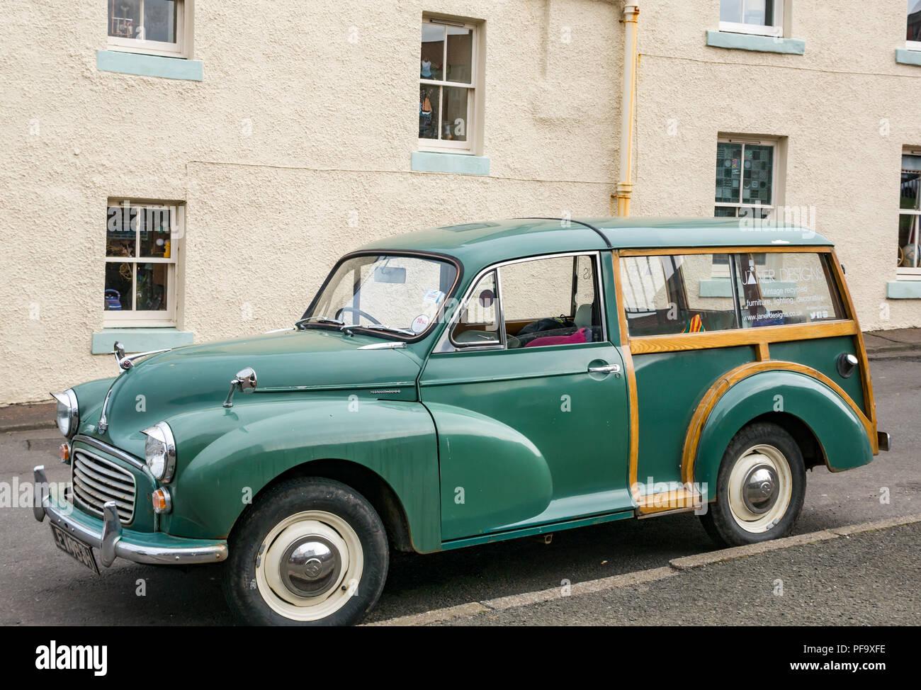 Vintage old fashione Morris Minor 1000 traveller with wood beams, Dunbar, East Lothian, Scotland, UK - Stock Image