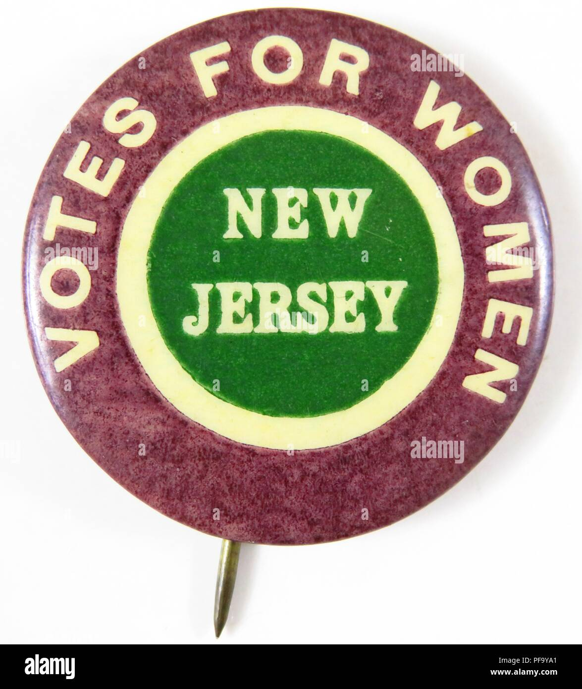 Pinback Button With Text Reading Votes For Women New Jersey