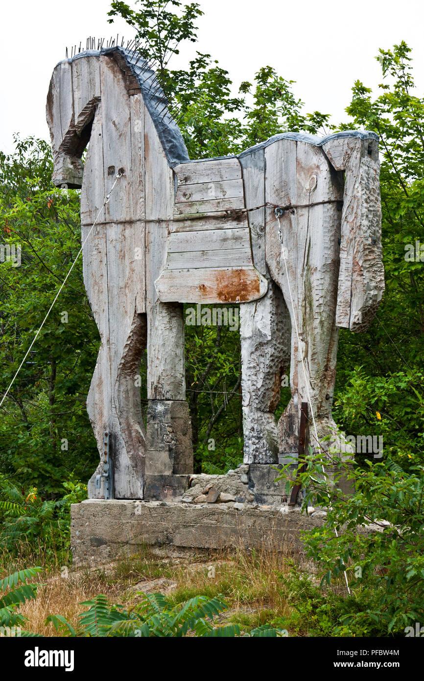 Maine, Cushing, Georges River Land Preserve, Langlois Sculpture Garden, Bernard Langlais, artist, sculptor, - Stock Image