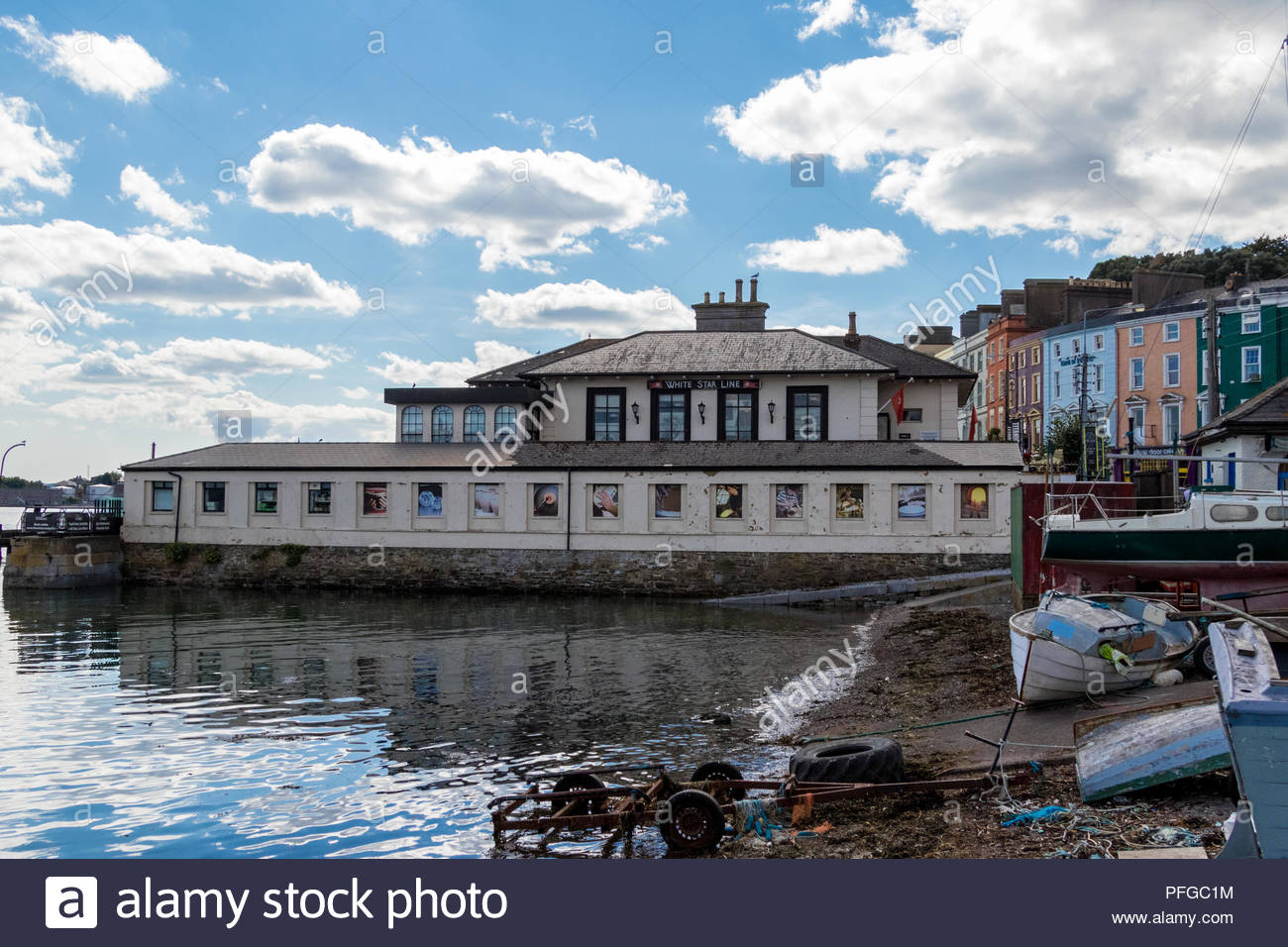 The former White Star Line offices in Cobh, Republic of Ireland, now home to the Titanic Experience exhibition. - Stock Image