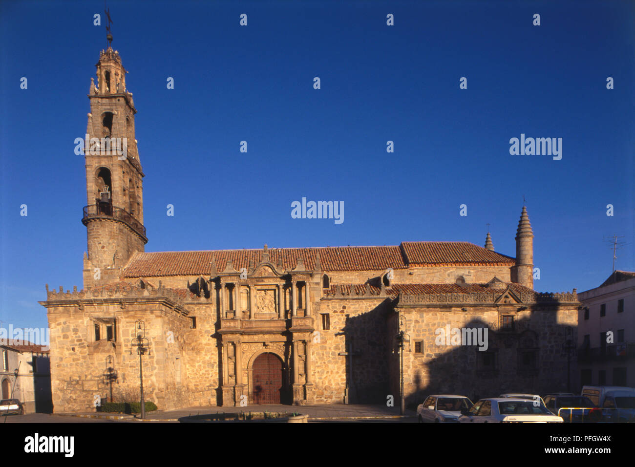 Spain, Andalusia, fifteenth century stone church, Hinojosa del Duque. - Stock Image