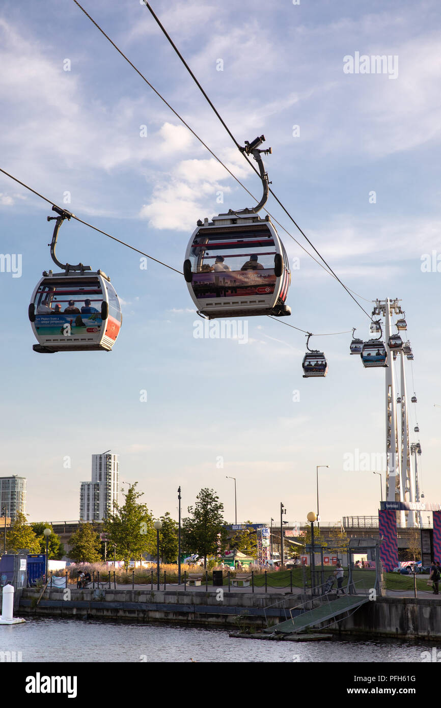 The cable car across the Thames in London - Stock Image