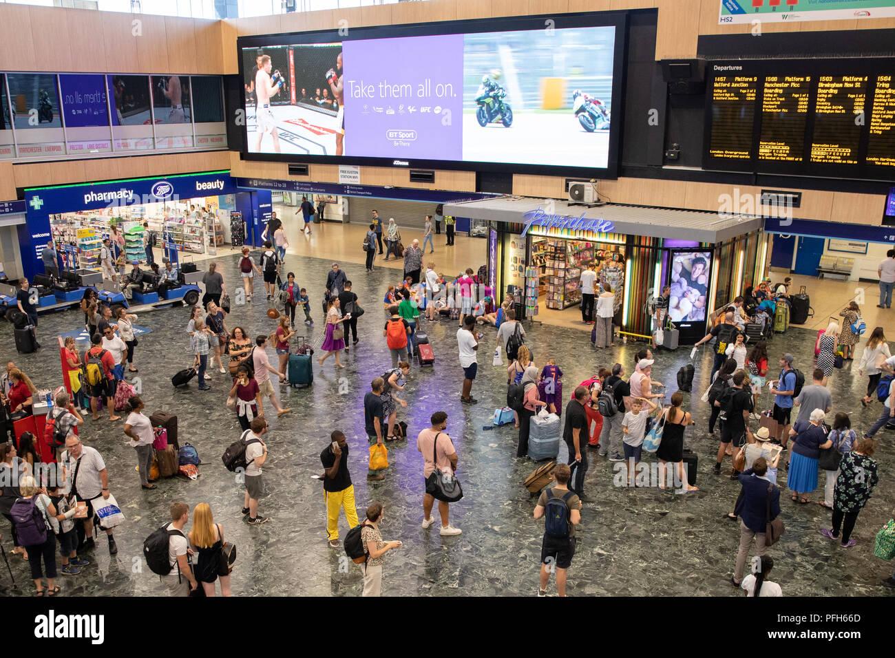 Euston mainline railway Station, London - Stock Image