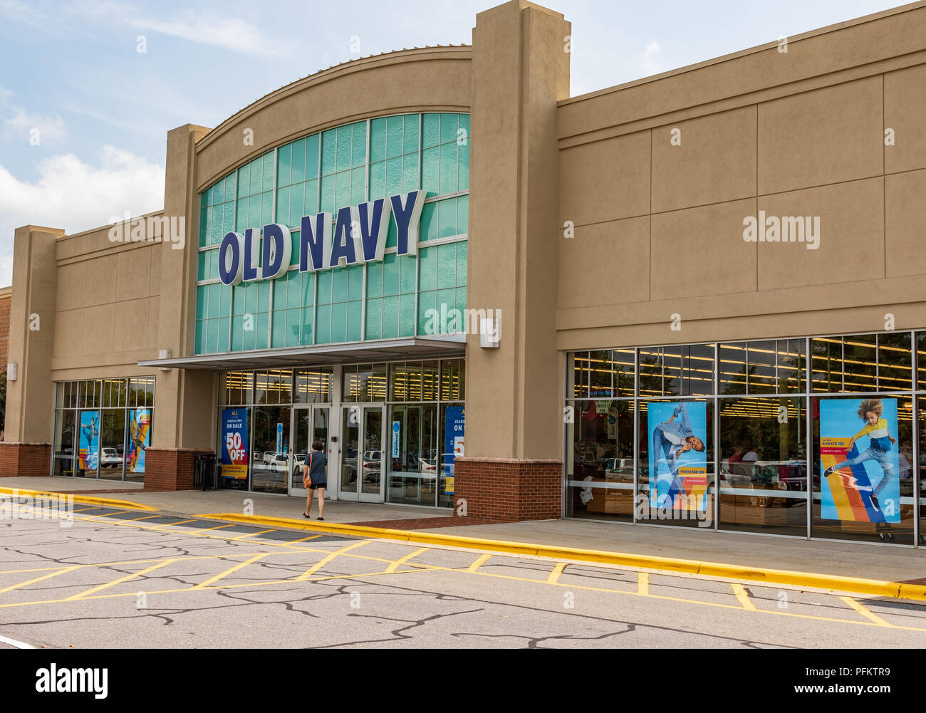 Old Navy Store Stock Photos & Old Navy Store Stock Images - Alamy