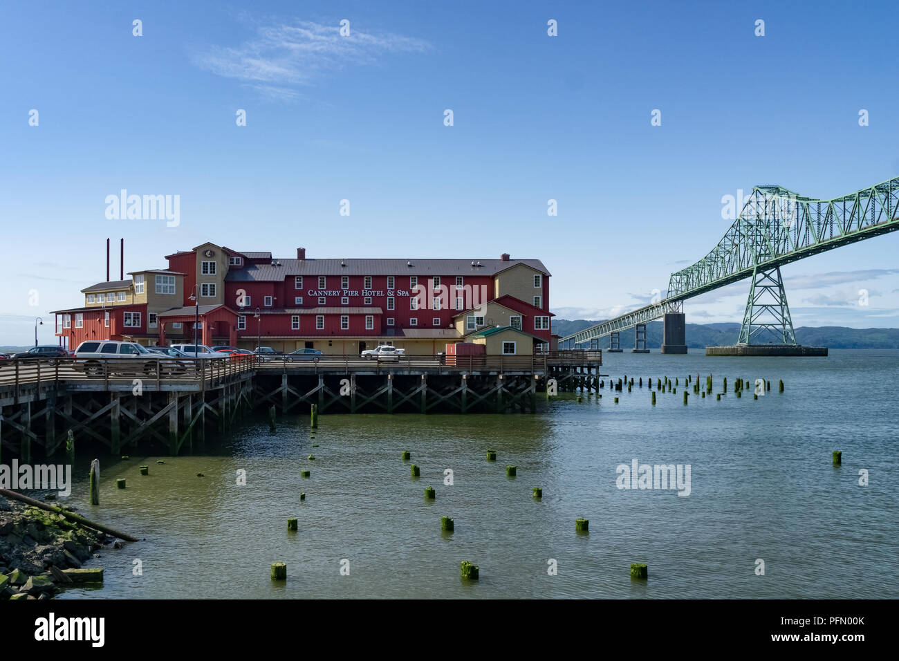The Cannery Pier Hotel and Spa aside the Megler Bridge in Astoria, Oregon, Columbia River, USA. - Stock Image