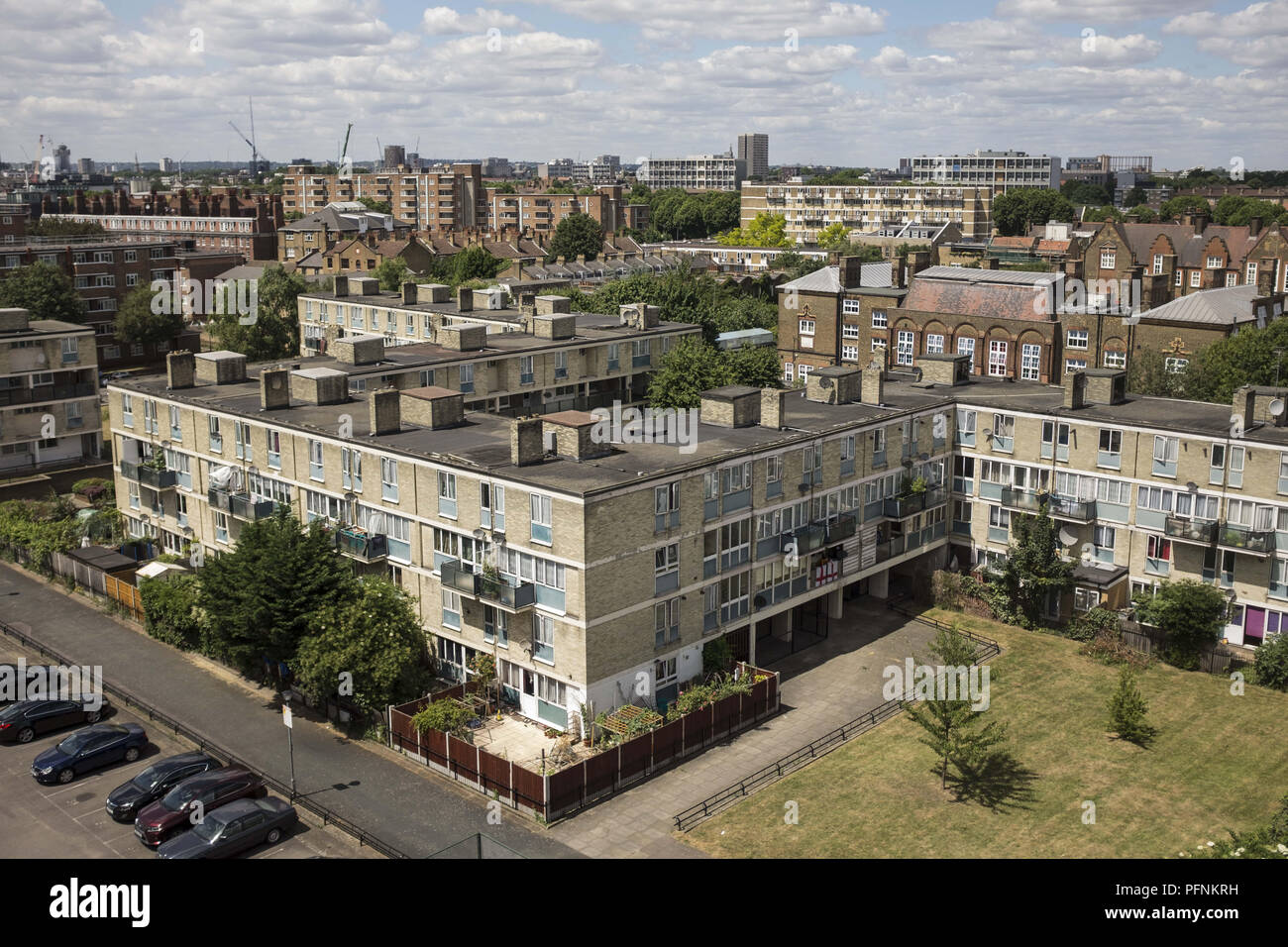 London, UK. 21st June, 2018. A social housing estate seen in Leeds.Social housing is a method of housing tenure in which the home is possessed by a local authority, which may be central or local, Social housing is a rental housing which may be owned and ran by the state, by non-profit organizations, or by a combination of the two, usually with the purpose of delivering affordable housing. Social housing can also be perceived as a potential solution to housing inequality. Credit: Rahman Hassani/SOPA Images/ZUMA Wire/Alamy Live News - Stock Image