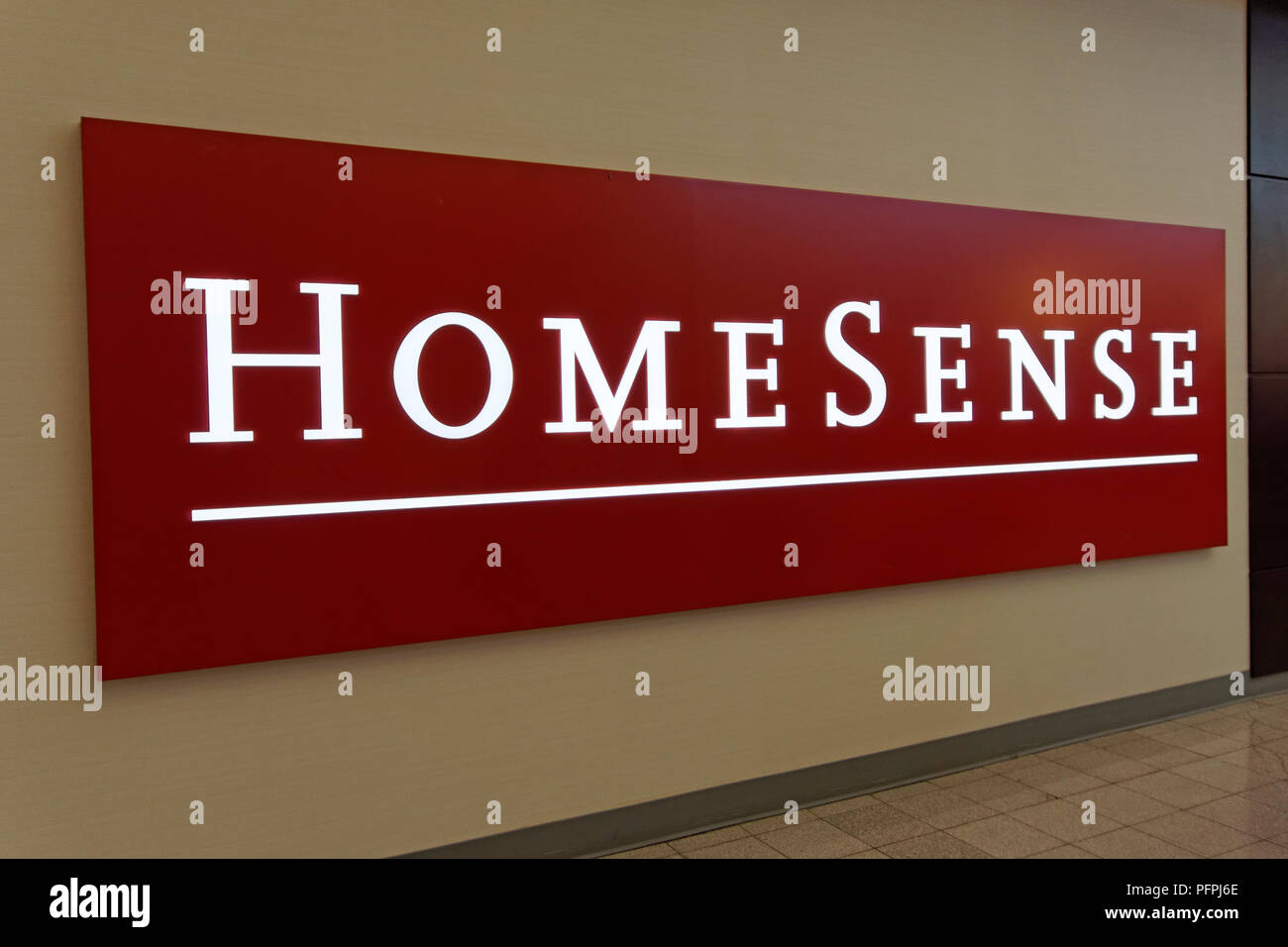 HomeSense home decor store sign in Lansdowne Centre shopping mall in Richmond, BC, Canada - Stock Image