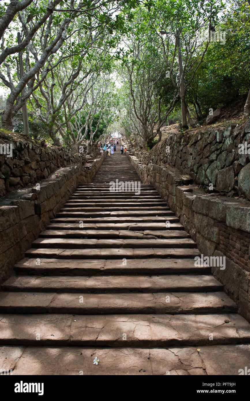 Sri Lanka, North Central Province, Anuradhapura, Mihintale, steps leading to Buddhist sacred centre Stock Photo