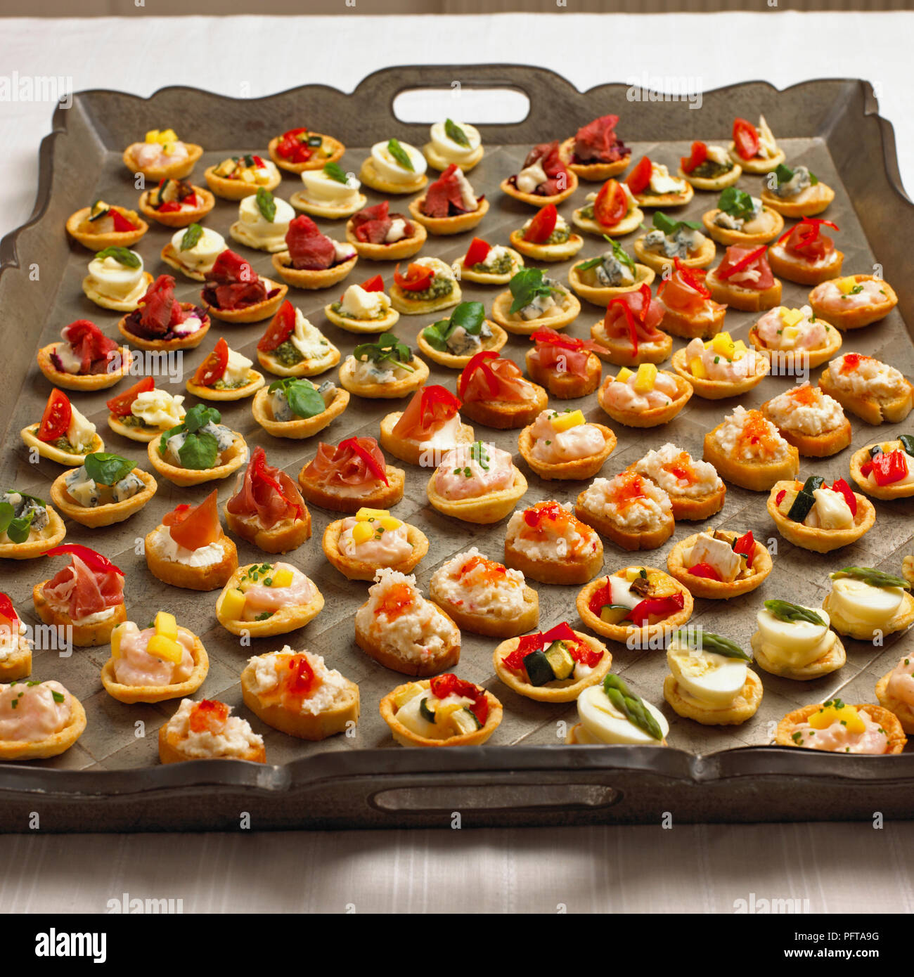 Party platter, canapes - Stock Image
