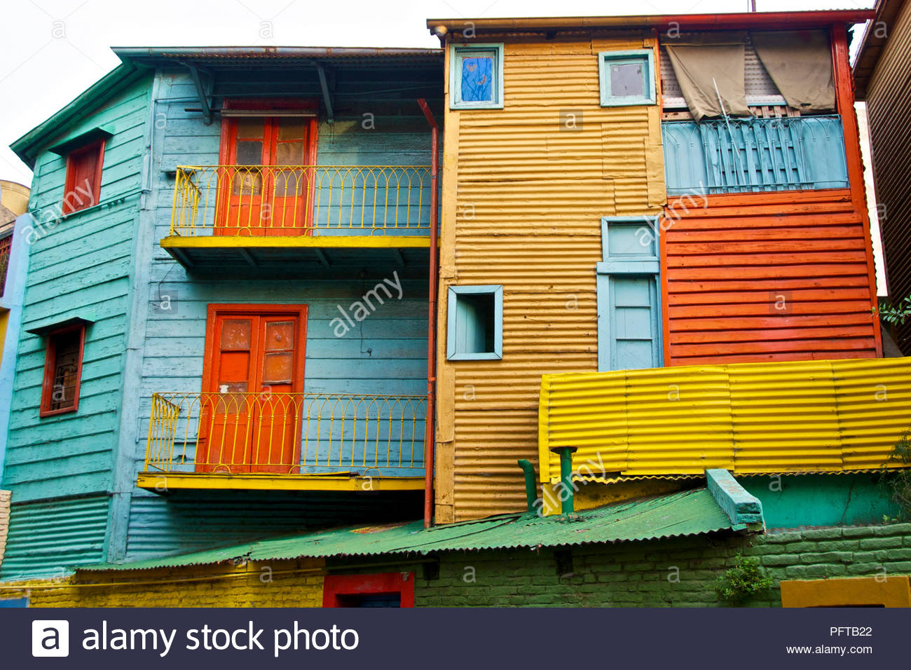 South America, colourful painted houses lining El Caminito, street in La Boca district, Buenos Aires, Argentina - Stock Image