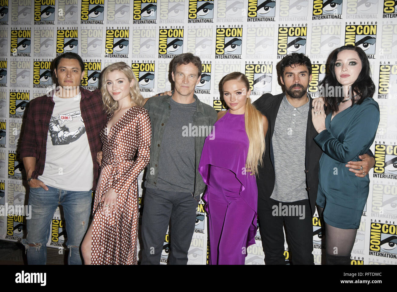 2018 San Diego Comic Con - The Gifted - Photocall  Featuring: Blair Redford, Skyler Samuels, Stephen Moyer, Natalie Alyn Lind, Sean Teale, Emma Dumont Where: San Diego, California, United States When: 21 Jul 2018 Credit: Tony Forte/WENN - Stock Image