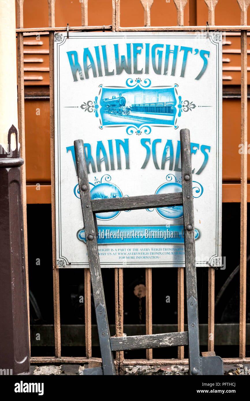 Advertising sign, Severn Valley Railway - Stock Image