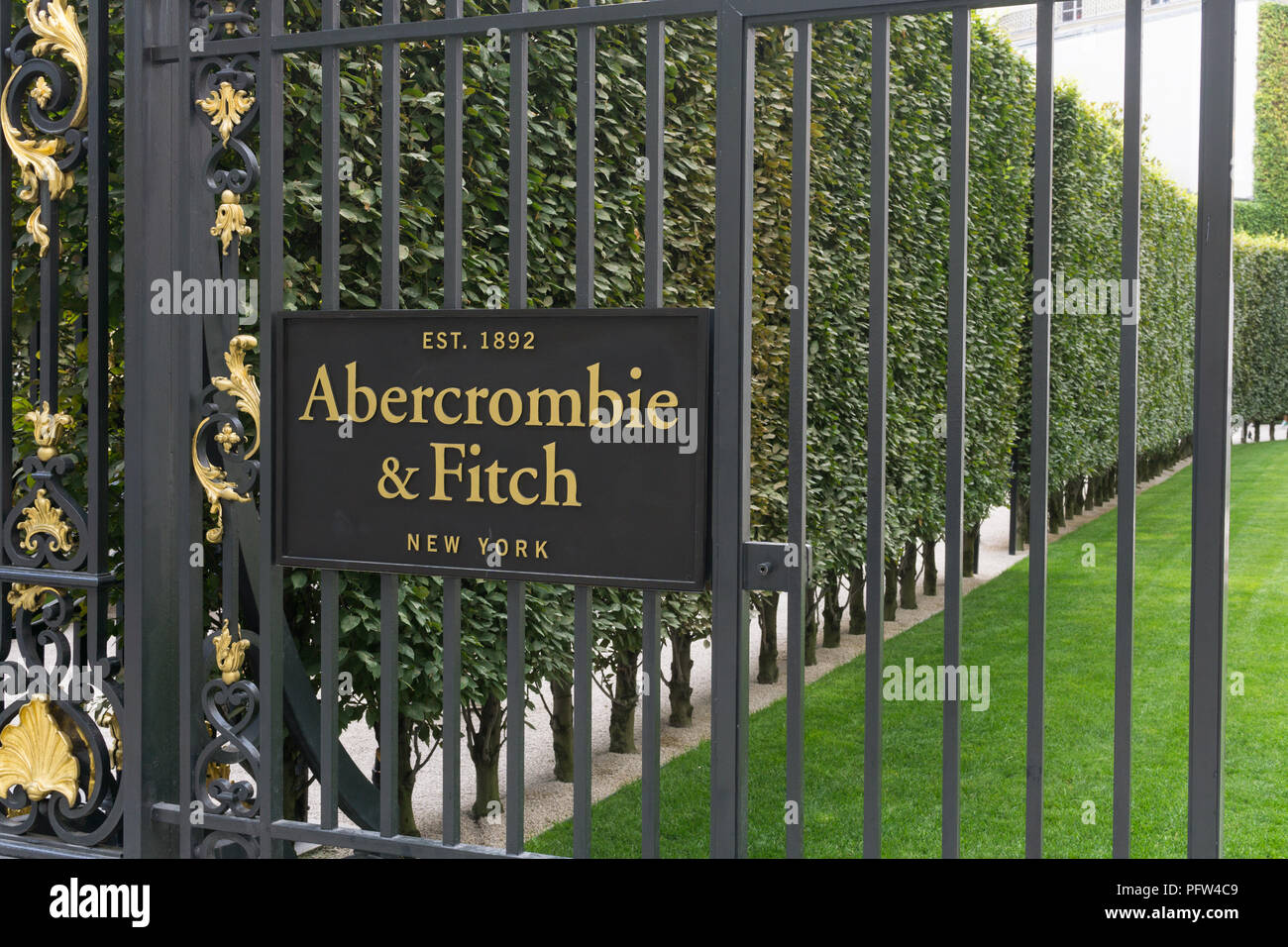abercrombie and fitch france