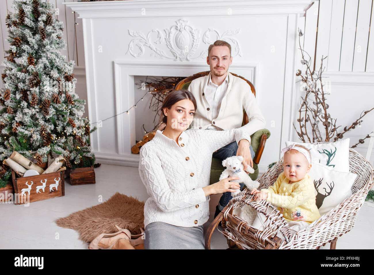 Loving Family Merry Christmas And Happy New Year Cheerful Pretty