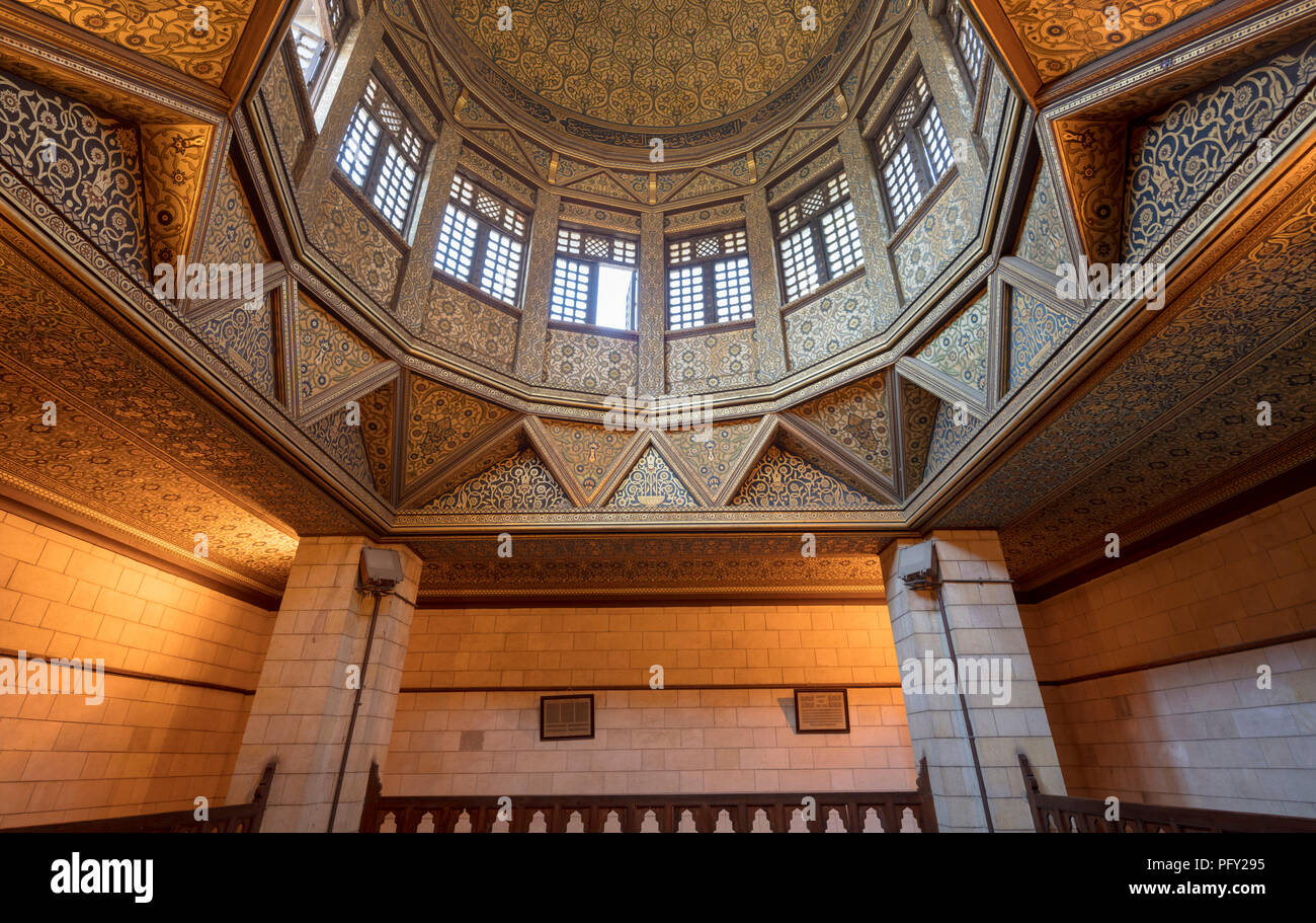 The interior of the Kilometer, used for measuring the annual  Nile flood for taxation purposes, built in 861 by the Abbasid caliph al-Mutawakkil - Stock Image