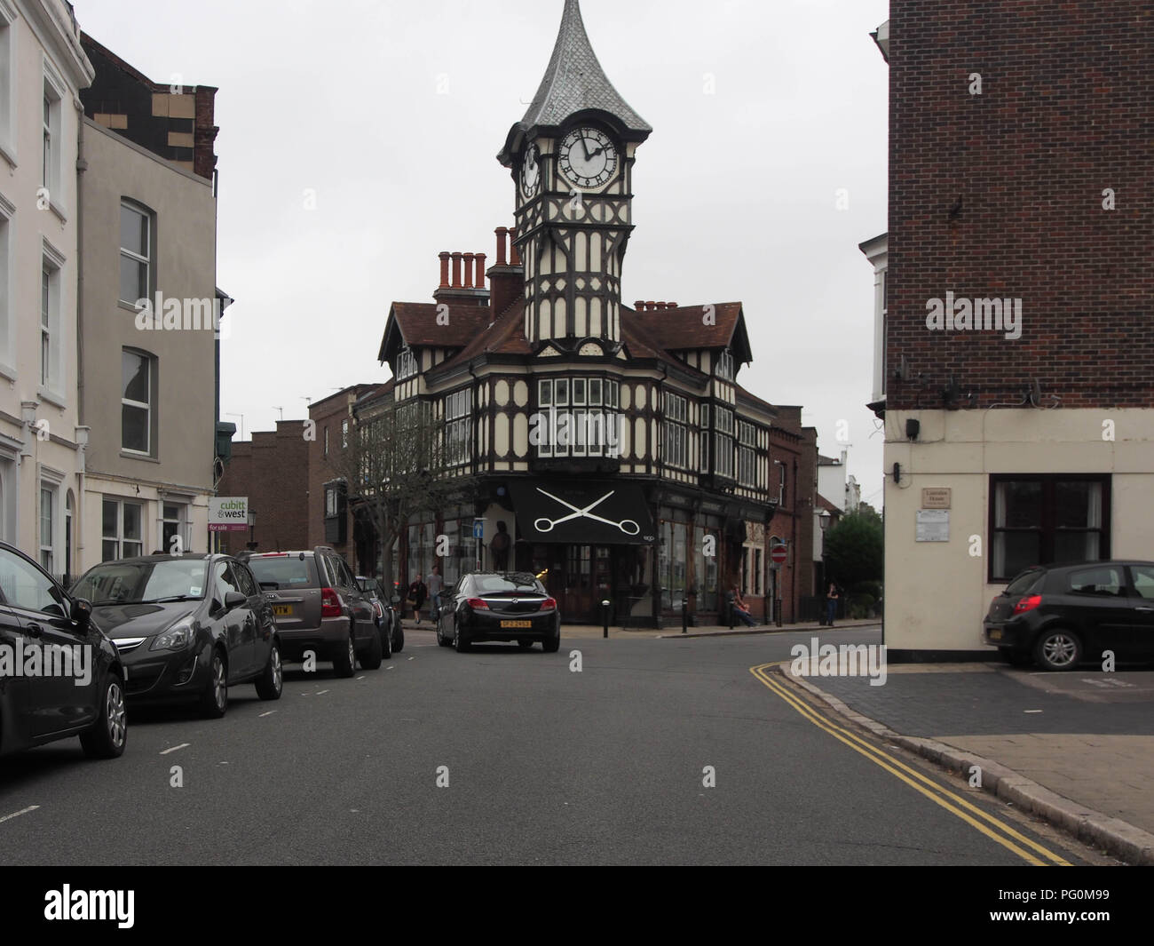 Castle Road, Southsea, Portsmouth, England, with the clock tower commisioned by Gales brewery and designed by architect J. W. Walmisley - Stock Image
