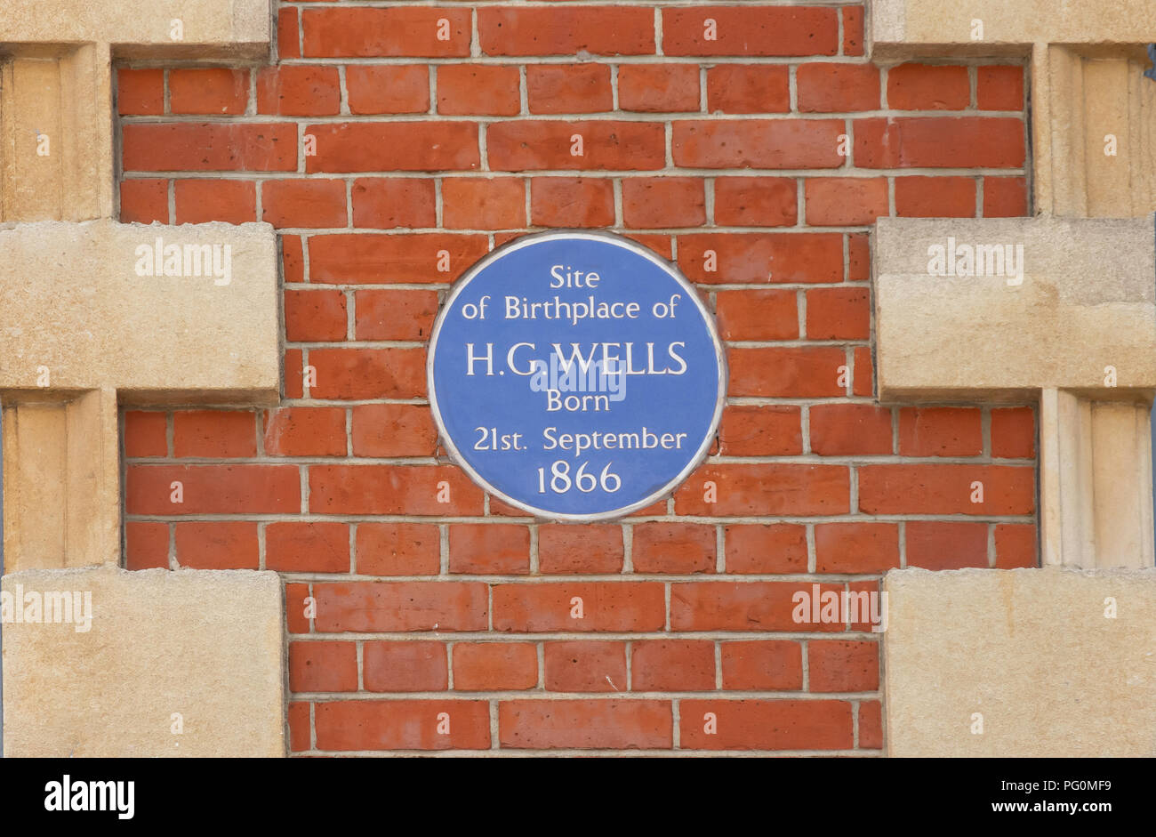 Blue plaque commemorating birthplace of author H.G.Wells, High Street, Bromley, London Borough of Bromley, Greater London, England, United Kingdom Stock Photo